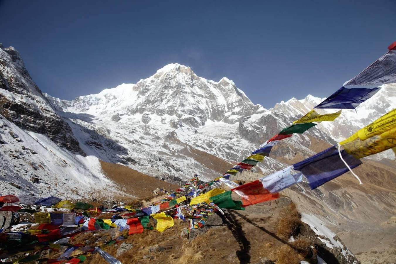 Nebeský zážitok: Vrtuľníkom ponad Annapurnu