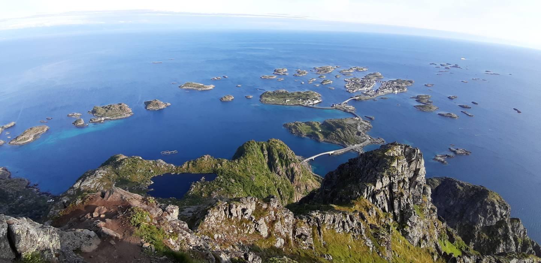 Lofoty - hory vyrastajúce z mora