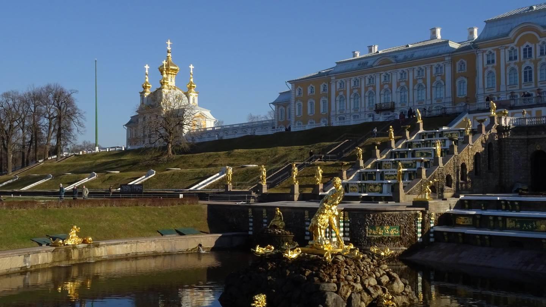 Petrohrad – cárov triumf, vystavaný na močiaroch