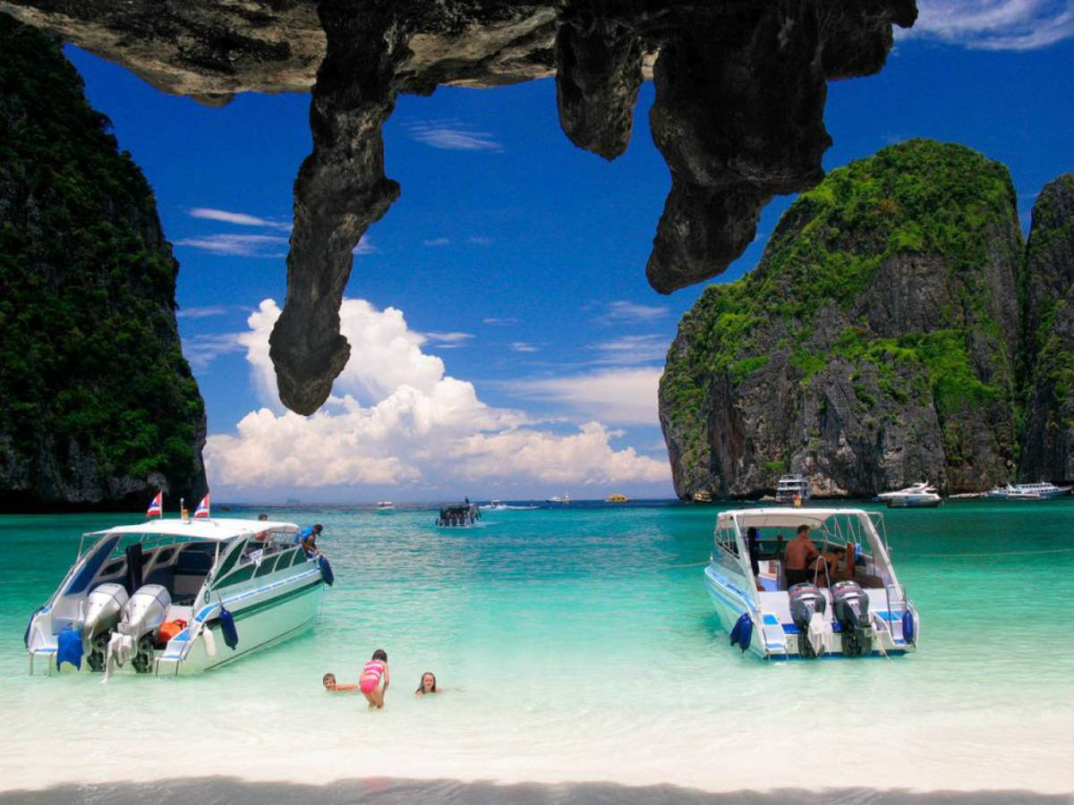 Jeden deň na thajských plážach