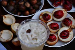 Muškátový orech - streetfood v Malajzii