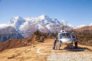 prve spravy z Kathmandu