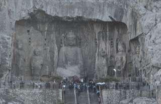 Longmen - jaskyne pri Luoyangu