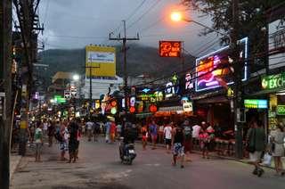 Patong, centrum Phuketu
