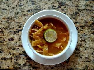 Sopa de Lima, polievka z Yucatánu