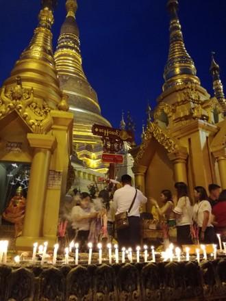 Festival svetiel v Barme