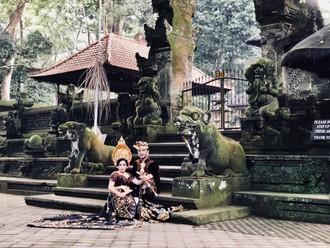 Ostrov Bohov a ranný Monkey forest