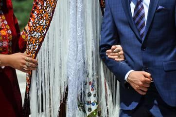 78582fbe1 Turkménska svadba je plná tradicíí - Turkmenistan Uzbekistan Irán