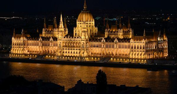 Budapešť. Romantika na Dunaji