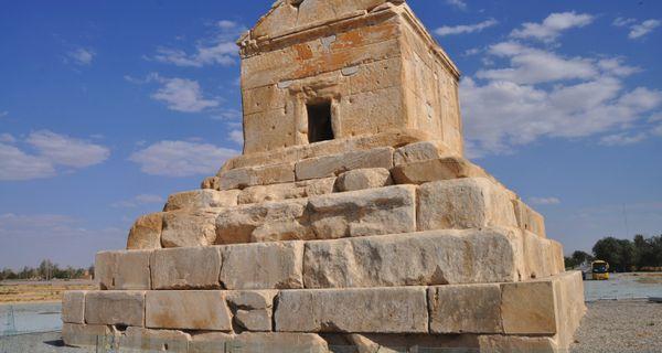 Pasargady. Kýros Veľký a duch starej Perzie