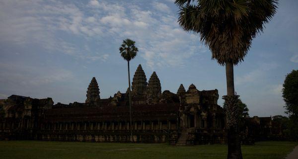 Dnešné voľby v Kambodži
