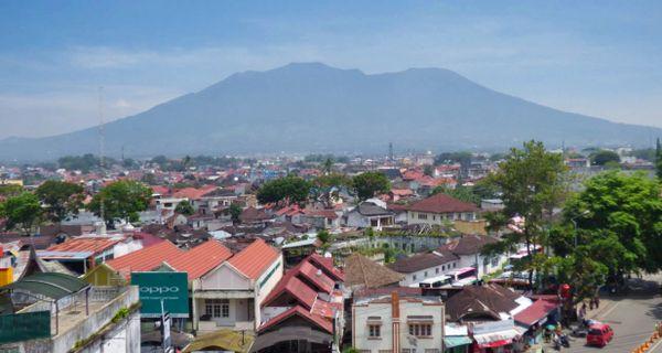 Bukittinggi - mesto, kde vládnu ženy a varia muži