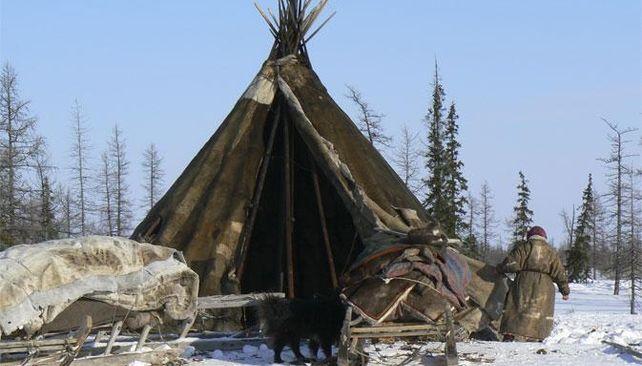 Čum – sibírsky stan u Samojedov (Sibírska tundra)