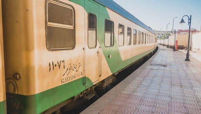 Vlakový presun Káhira - Asuán