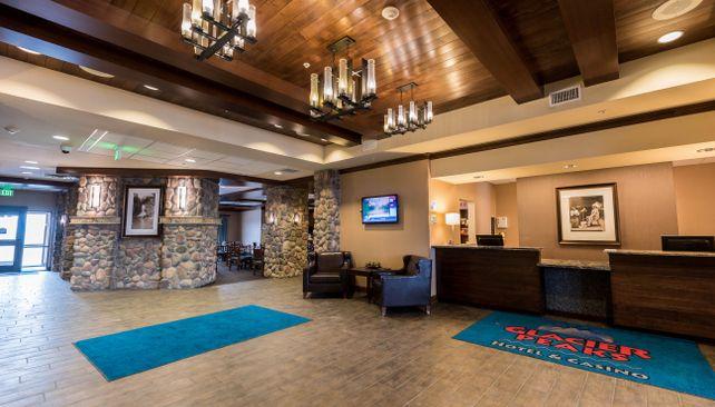 Glacier Peaks Hotel