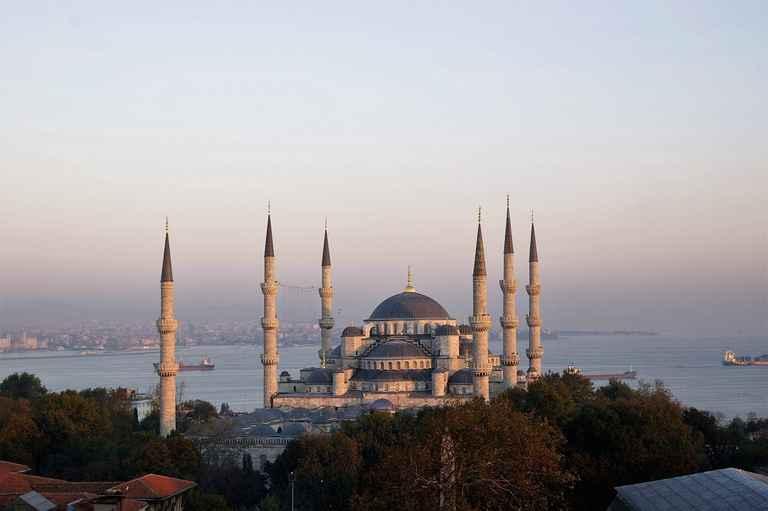 Dovolenka Turecko - Stopy antiky a oddych v Antalyi