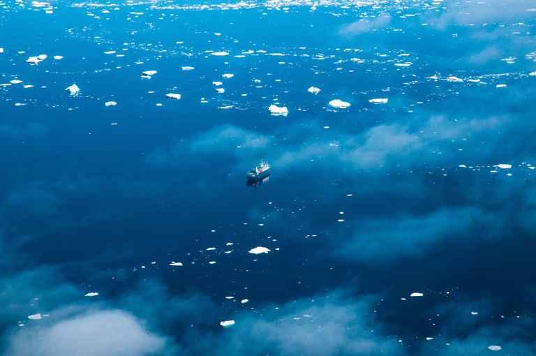 Dovolenka Plavba po najizolovanejších ostrovoch sveta s Lubošom Fellnerom a Tomášom Hušekom