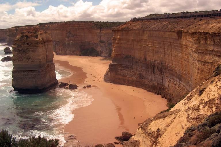 Austrália a relax na exotickej pláži na Bali