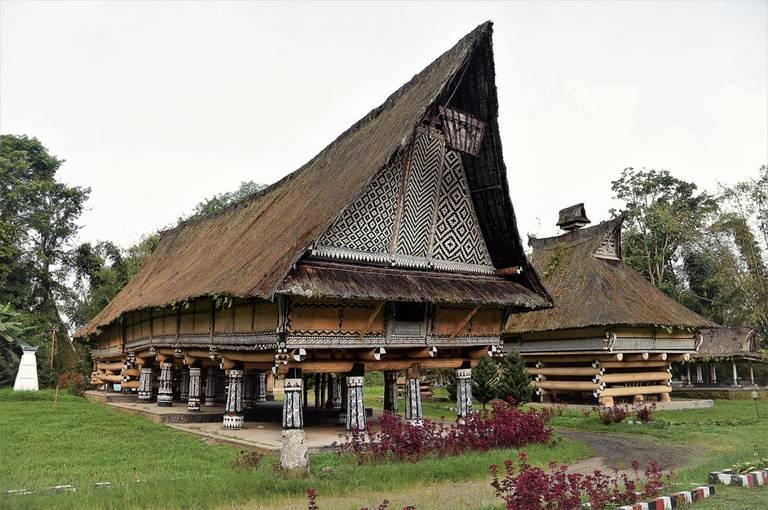 Sumatra - nespútaná Indonézia