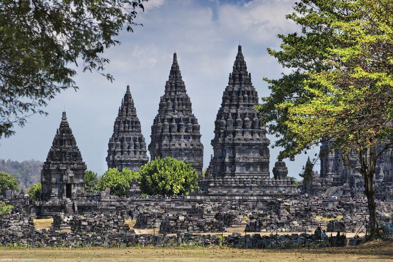 Jáva, Bali, Bromo (aktívne s výstupom na sopku)