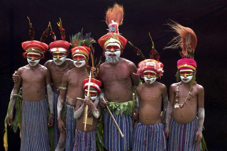 Papua Nová Guinea a luxusný Singapur