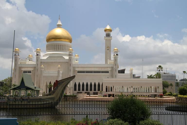 Brunej - sultanát budovaný z ropy