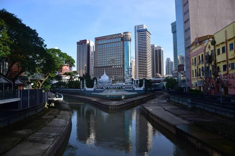 Kuala Lumpur - mesto na bahennom sútoku