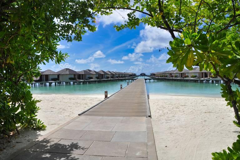 Paradise Island - dostupný 5* hotel na Maldivách