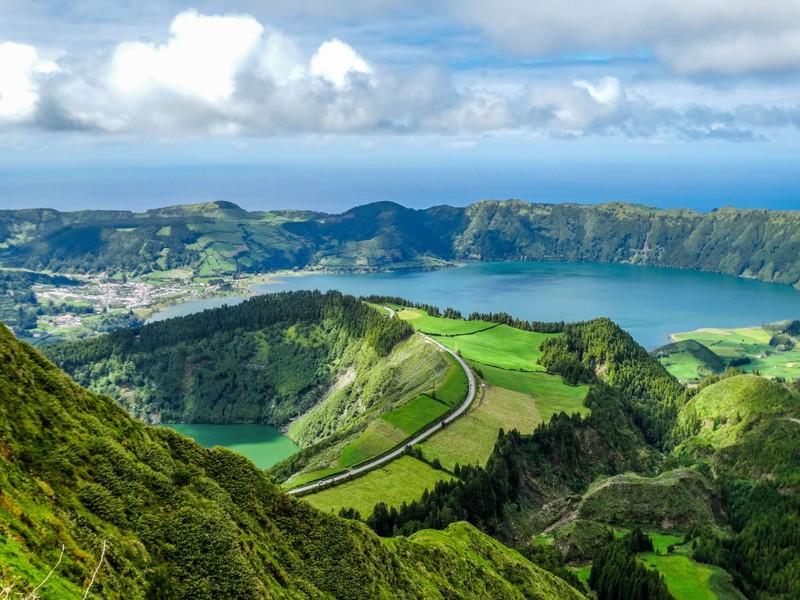 Portugalsko, Madeira a Azorské ostrovy